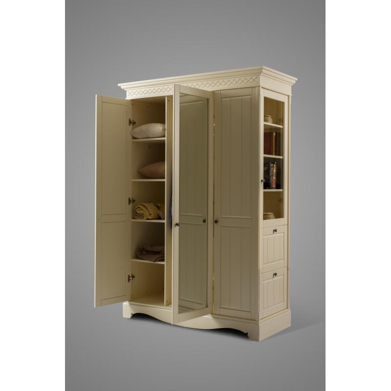 Шкаф Дания 3-створчатый №5